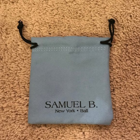 Samuel B Jewelry Samuel B New York Bali Blue Jewelry Bag Poshmark Find designer samuel b jewelry up to 70% off and get free shipping on orders over $49. poshmark
